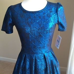 Lularoe elegant Amelia 👗-XS metallic blue on blac
